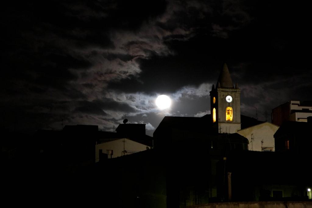Aus der Traum - Sizilien bei Nacht..
