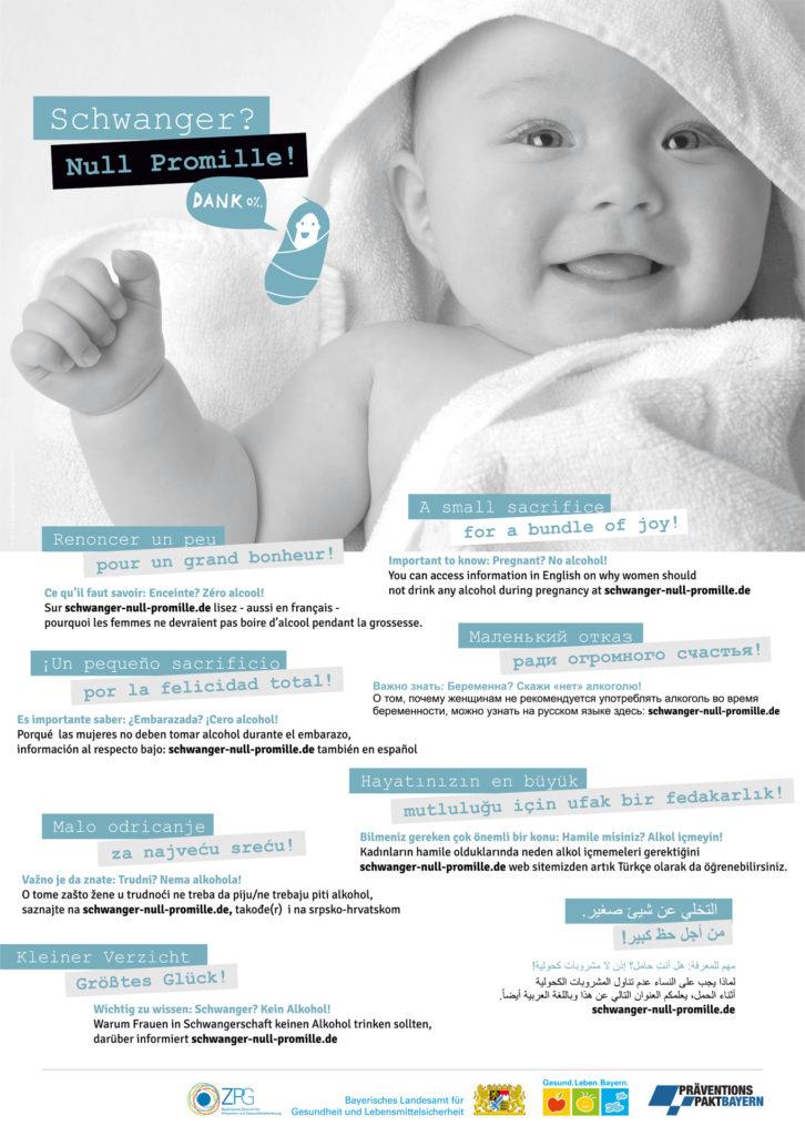Poster mit dem Bild von einem Baby, dazu Informationen in verschiedenen Sprachen